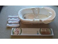 Kinder valley moses basket with rocking stand and sheets