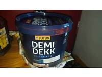 Exterior wood paint for buildings