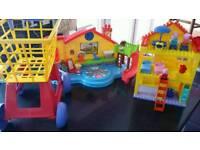Girls toy bundle Peppa Pig / Little People