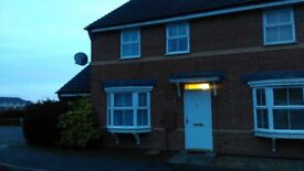 Beautiful Semi Detached 3 Bed House with Garage **PETS WELCOME**