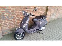 Piaggio vespa LXV LX 125 Limited Edition retro scooter 125cc