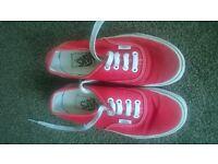 Vans - Red Size 5