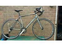 Giant Defy 5 road bike, medium/large, great turbo bike, read description!