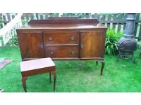 Sideboard and matching puff