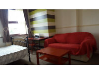 studio / bed sit to rent, £433 all inclusive, s2 area