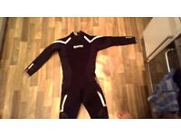 7mm Wetsuit Mares Pioneer Mens Size 5 XL