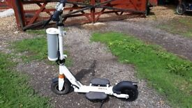 Airwheel Z3 electric scooter - great for city/town commuting