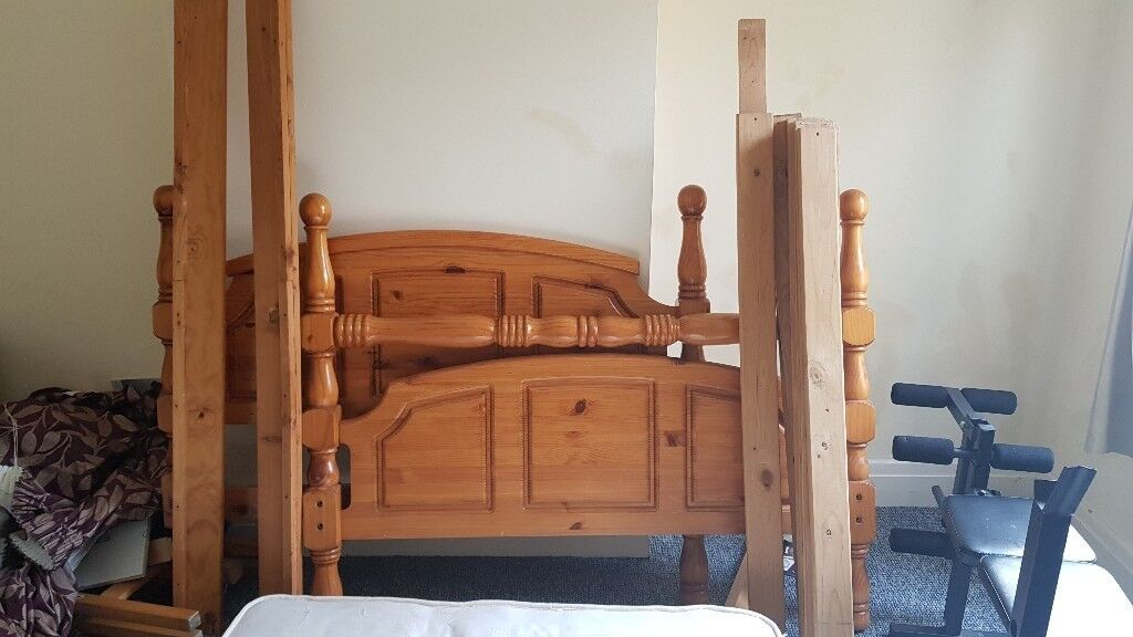 Wooden Double Bed Frame Missing Screws In Leicester