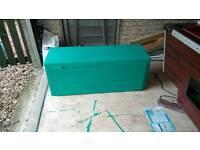 Storage box/toy box