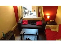 Friendly House, Large Double Room - £420 per month INCLUSIVE OF ALL BILLS!!