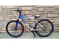 Apollo XC26 boys mountain bike, 17 inch frame, Very Good condition