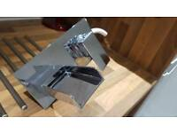 Mixer Tap (Wall mounted)