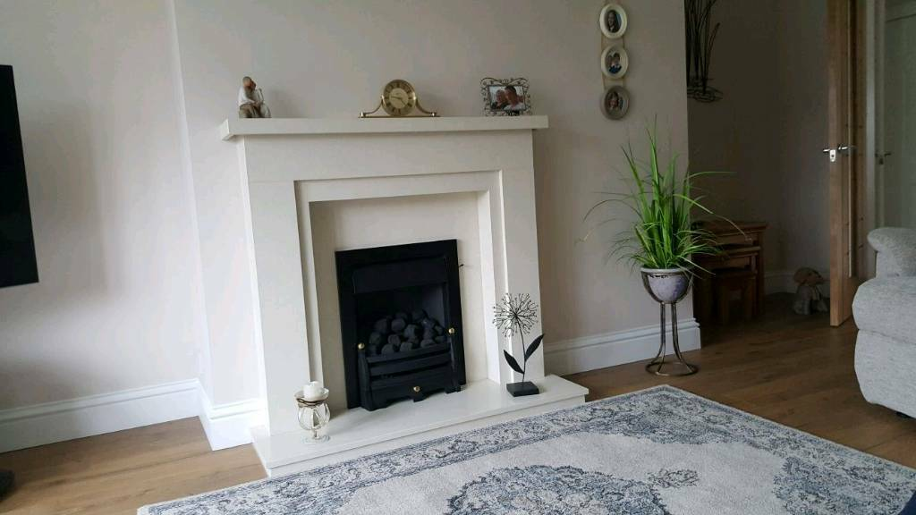 GAS FIRE AND MARBLE SURROUND AND HEARTH