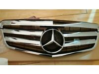 MERCEDES E CLASS SPORTS GRILL 2009/15 BRAND NEW £125