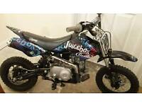 140 cc stomp pit bike *Immaculate condition*
