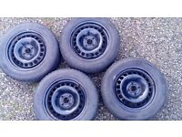 4 Winter tyres with Steel wheels Bridgestone 185/60/R15