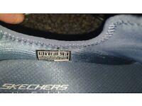 Skechers size 8 new