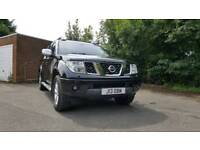 Nissan navara aventura d40 in black with snugtop and leather manual 6 speed No VAT