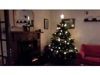CHRISTMAS TREE ARTIFICIAL HEIGHT APPROX 6FT HIGH QUALITY VERY REALISTIC
