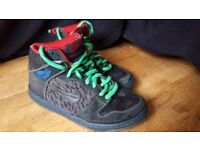 nike high tops limited edition size 7