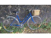 Fantastic 48cm (M) Top-Spec 3-Speed Ladies Bike with a Basket in Super Perfect Order