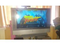 Retro sony 42in prjection tv +stand +remote