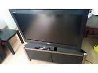 "Toshiba 40"" lcd with glass stand"