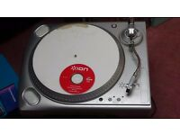 ION USB TURNTABLE CONVERT YOUR VINYL AND CASSETTE TAPES WITH THIS HARDLY USED ITEM