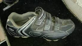 specialized Body Geometry Sport MTB shoes with cleats