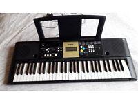 Yamaha YPT220 Keyboard