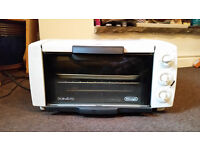 Mini oven - DeLonghi Sfornatutto - counter top oven
