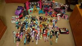 Monster High Doll and Accessories Bundle