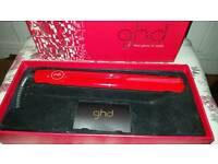 Ghds Straighteners Red Gloss IV Styler Like New Boxed