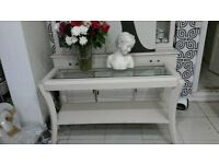 elegant shabby chic ivory painted solid oak consol table with a glass top £50 cosham