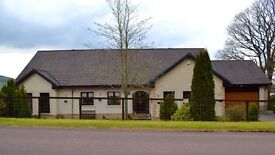 5 bed 3200sqm semi rural detached house, large garden with double garage / workshop