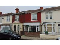 HUGE 5 BED HOUSE OFFERED TO PROFESSIONAL SHARERS