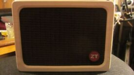 ZT Amplifiers Lunchbox Acoustic+carry bag