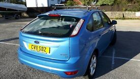 Ford focus zetec 1.8 blue, alloy wheels, air conditioning, roof rack NOT included in sale