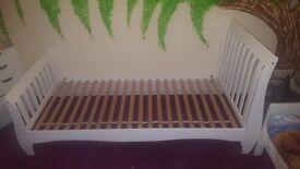 Single White Sleigh bed