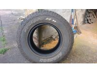 Truck Tyre hankook dynapro atm P245/70R16 111T only used for 1000 miles