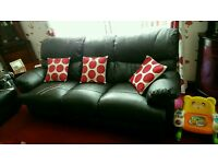 2 and 3 seater reclining leather sofa ex dfs