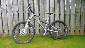Lapierre Zesty (Medium) full suspension mountain bike