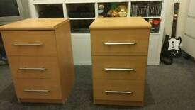 Pair of bedside tables/drawers
