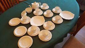 Royal Crown Derby tea set Regd 839892 1940-1945