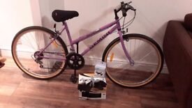 Ladies Gemini Outrider Bike with accessories