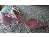 Brand New/Never Warn Clarks Dusky Pink Satin Wedding Shoes - Size 5 1/2