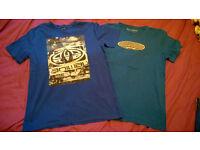 2 boys surf t-shirts