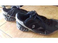Prince MV4 Squash shoes. Size 5.