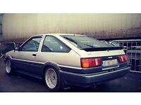 Bmw 325i Sport e30 or Ae86 corolla