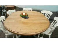 Pine round extendtable table